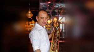Мухитдин Алиходжаев шеф-повар ресторана Ош Пош фото