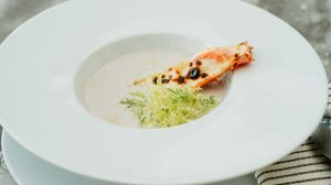 холодный суп из топинамбура с йогуртом и крабом рецепт от шеф-повара ресторана пошаговый фото