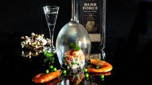 Оливье с креветками и водкой Bear Force фото
