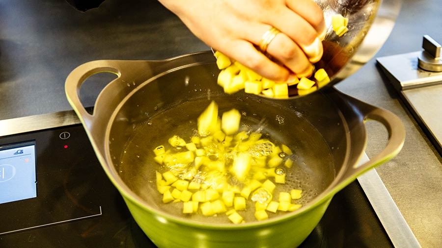 сколько варить картофель фото