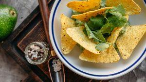 Рецепт пошаговый гуакамоле с начос_