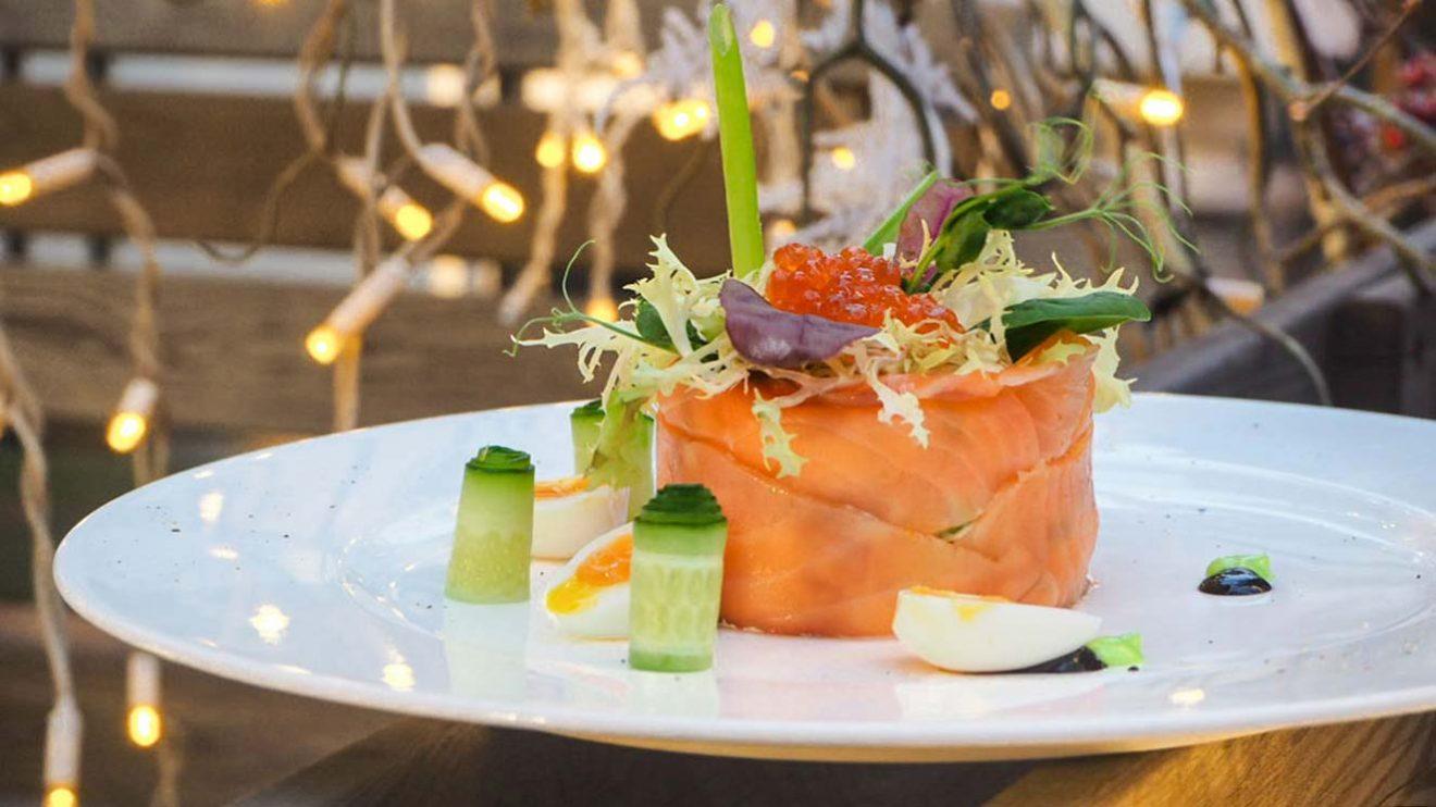 Рецепт Оливье подкопченным лососем ресторан Юлии высоцкой Food Embassy пошаговый с фото