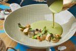 Крем-суп из спаржи с морским гребешком