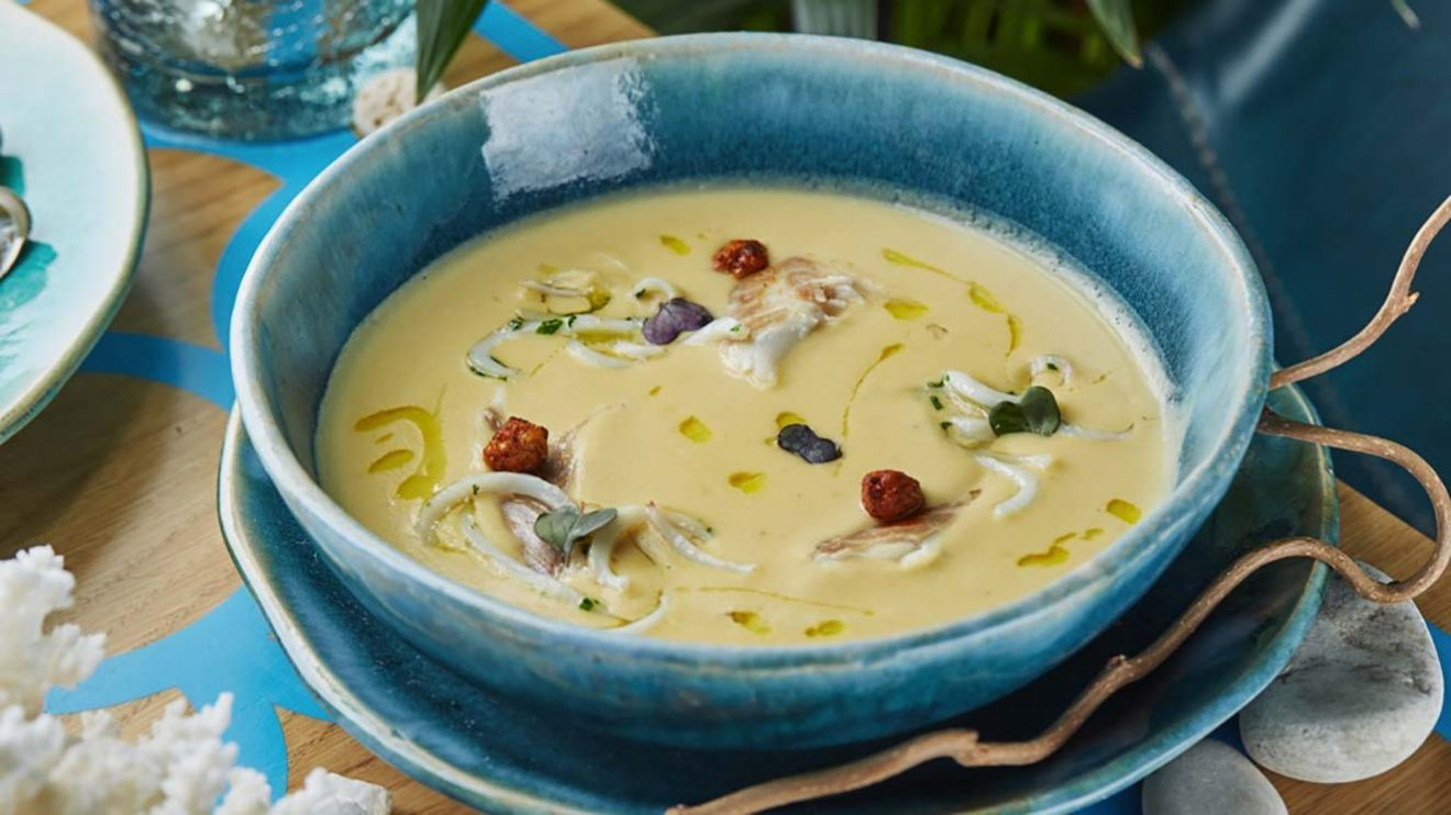 Крем-суп из нута с кальмаром фото