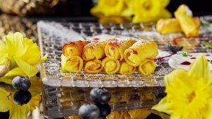 Рецепт безглютеновых блинсков с творогом пошаговый от шеф повара ресторана