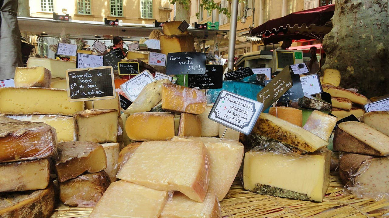 выбираем твердый сыр